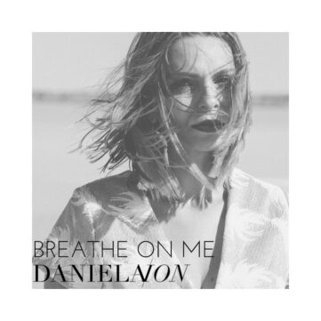Daniela Ion singer